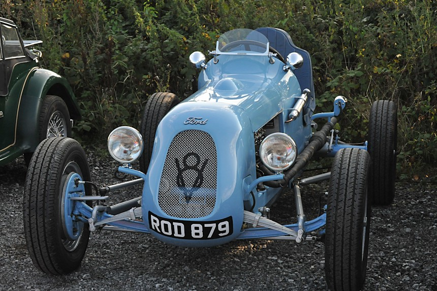 Photo of a Ford racer