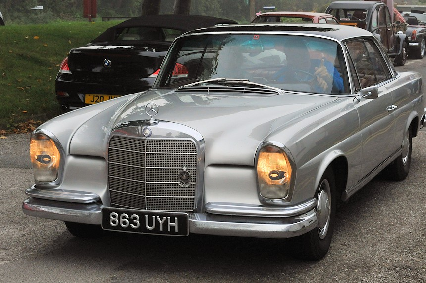 Photo of a Mercedes 220SE