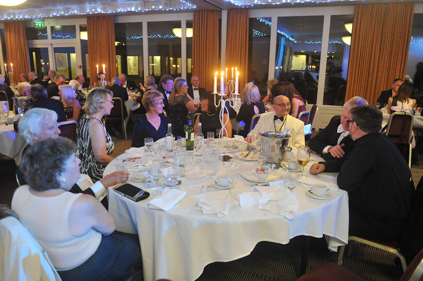 Photo of the Thewlis & Ashton table